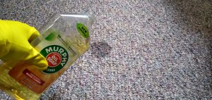 HOW TO REMOVE CARPET STAINS WITH MURPHY'S OIL SOAP